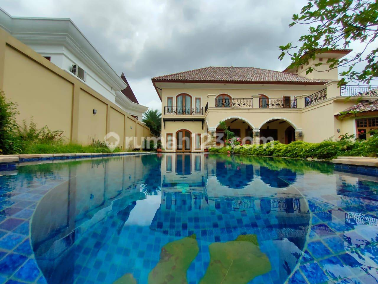 Rumah mewah di ragunan 7