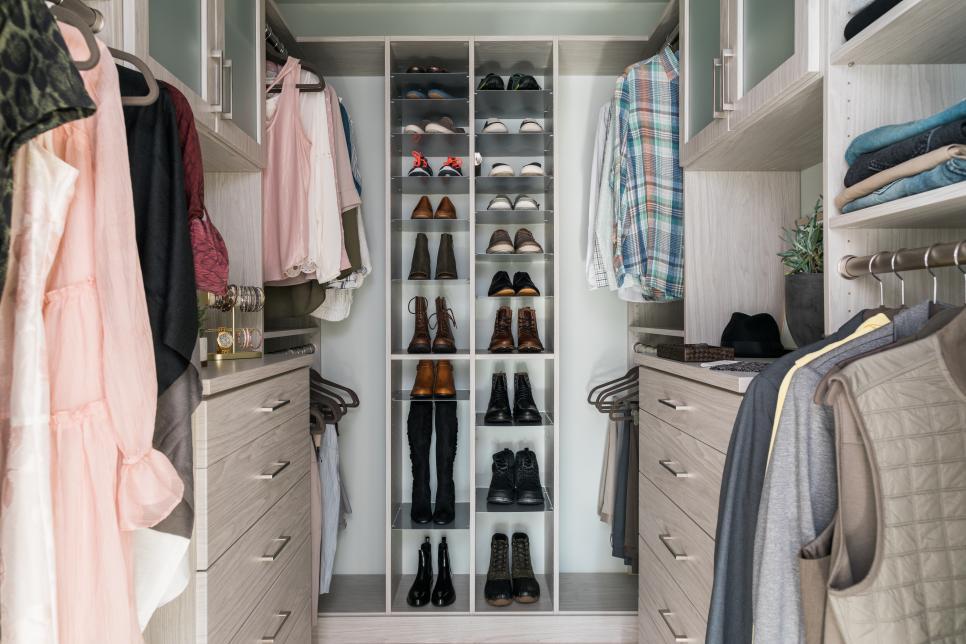 Walk In Closet dengan Bujet Terbatas