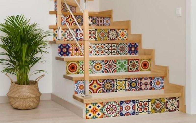 Keramik untuk tangga