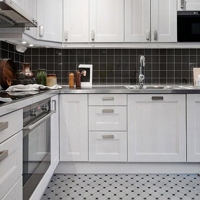 keramik dinding dapur hitam