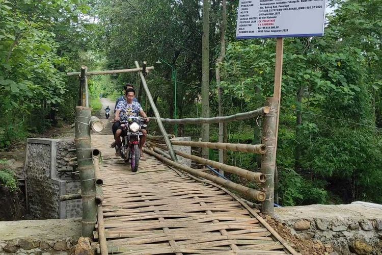 jembatan bambu 200 juta ponorogo jawa timur