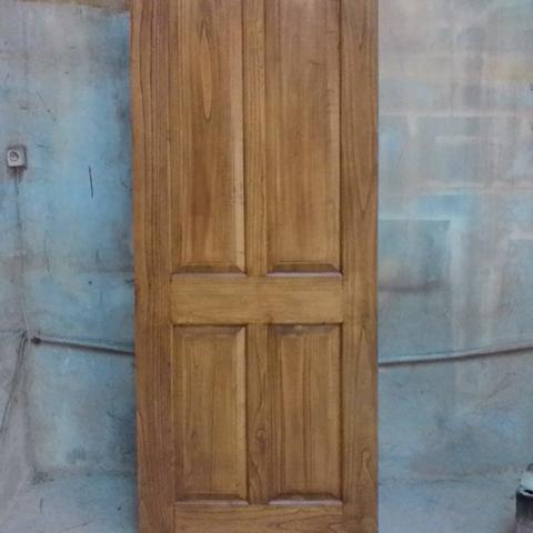 pintu kayu sungkai