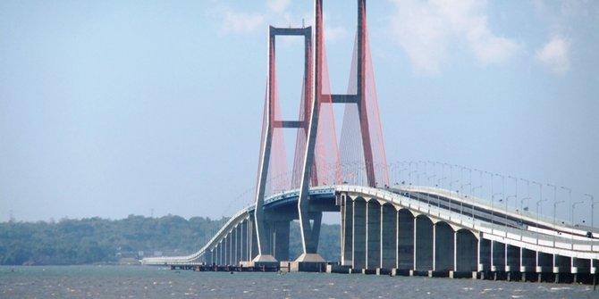 Jembatan terpanjang di Indonesia 1