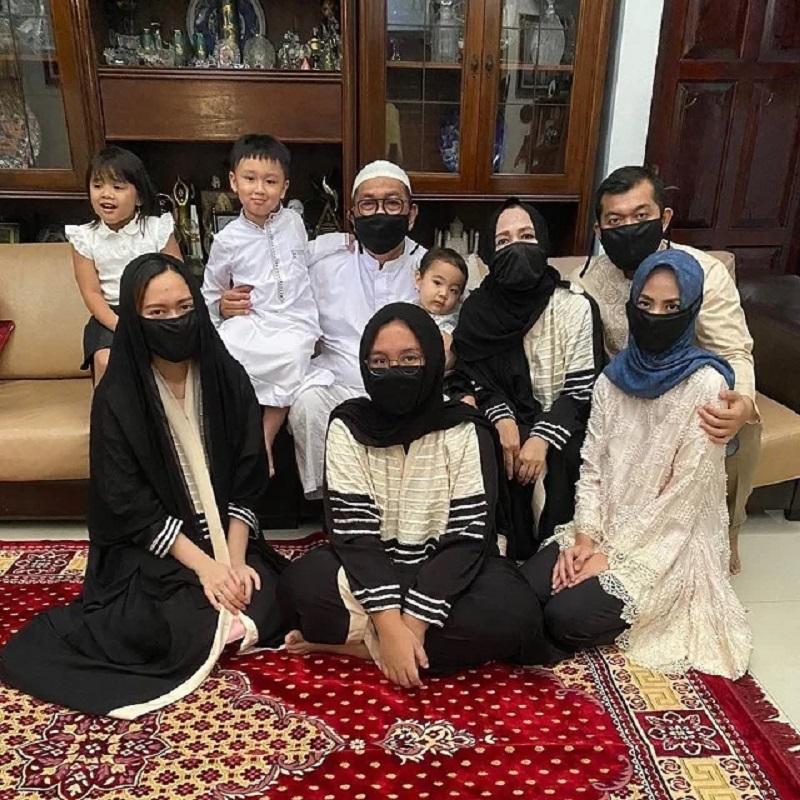 rumah deddy mizwar 5