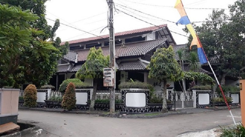 rumah deddy mizwar 1