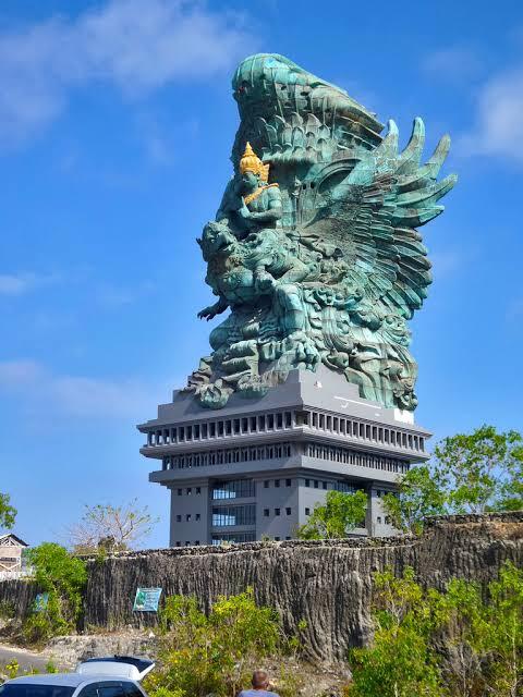 Patung tertinggi di indonesia 1