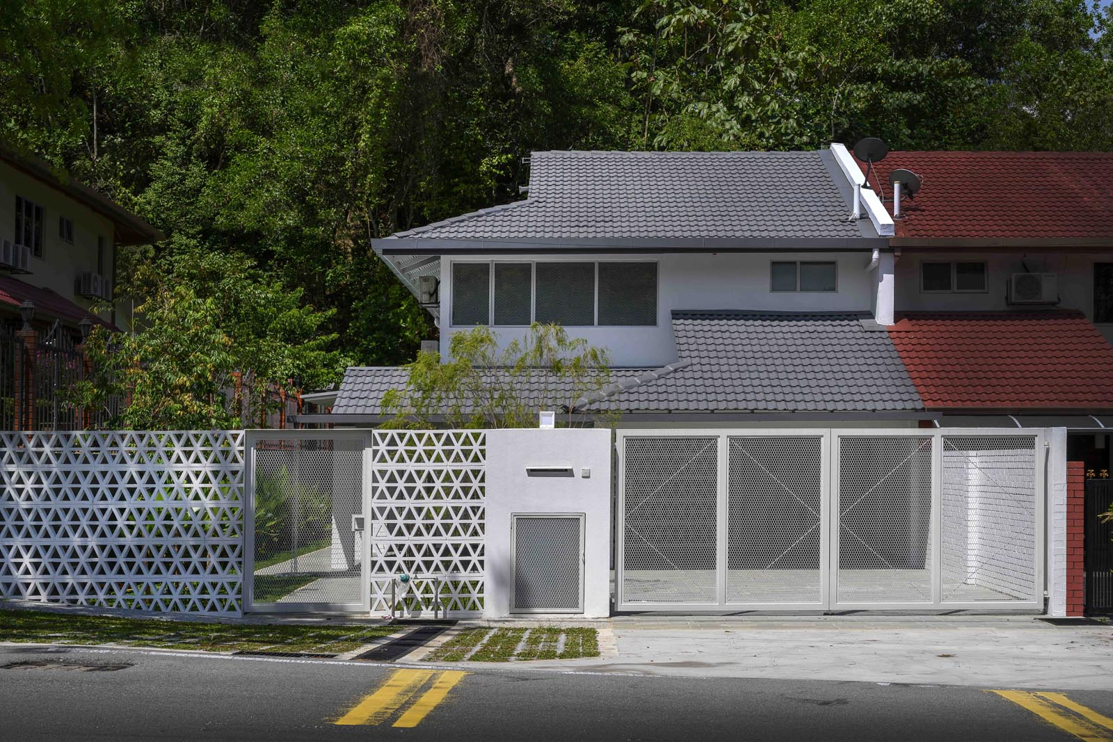 Renovasi Rumah Bagian Depan