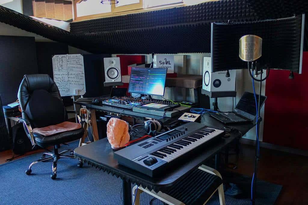 Studio Sekaligus Ruang Musik