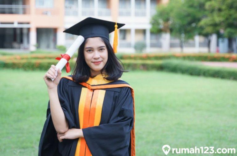 Cara Penulisan Gelar yang Benar Sesuai EYD untuk S1, S2, S3 dan Diploma