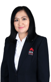 Lia M