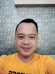 Ricky Mustika