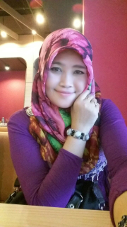 Ella Hakim